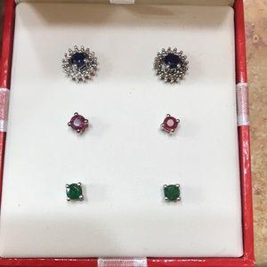 Three stud earrings set